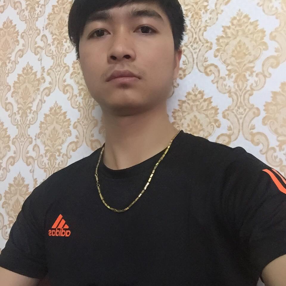 Nhân viên Quang Thành